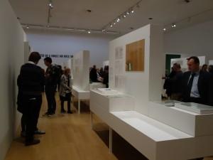 Seth Siegenlaub Stedelijk museum lichtontwerp uitvoering